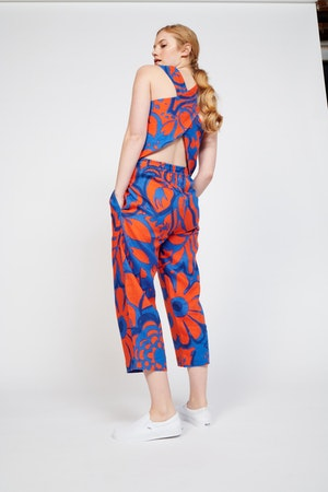 Desi Pant in Ashbury Floral Red/Blue by Whit - 4
