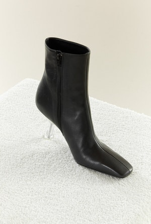 Foxy Boot in Black by Simon Miller - 2