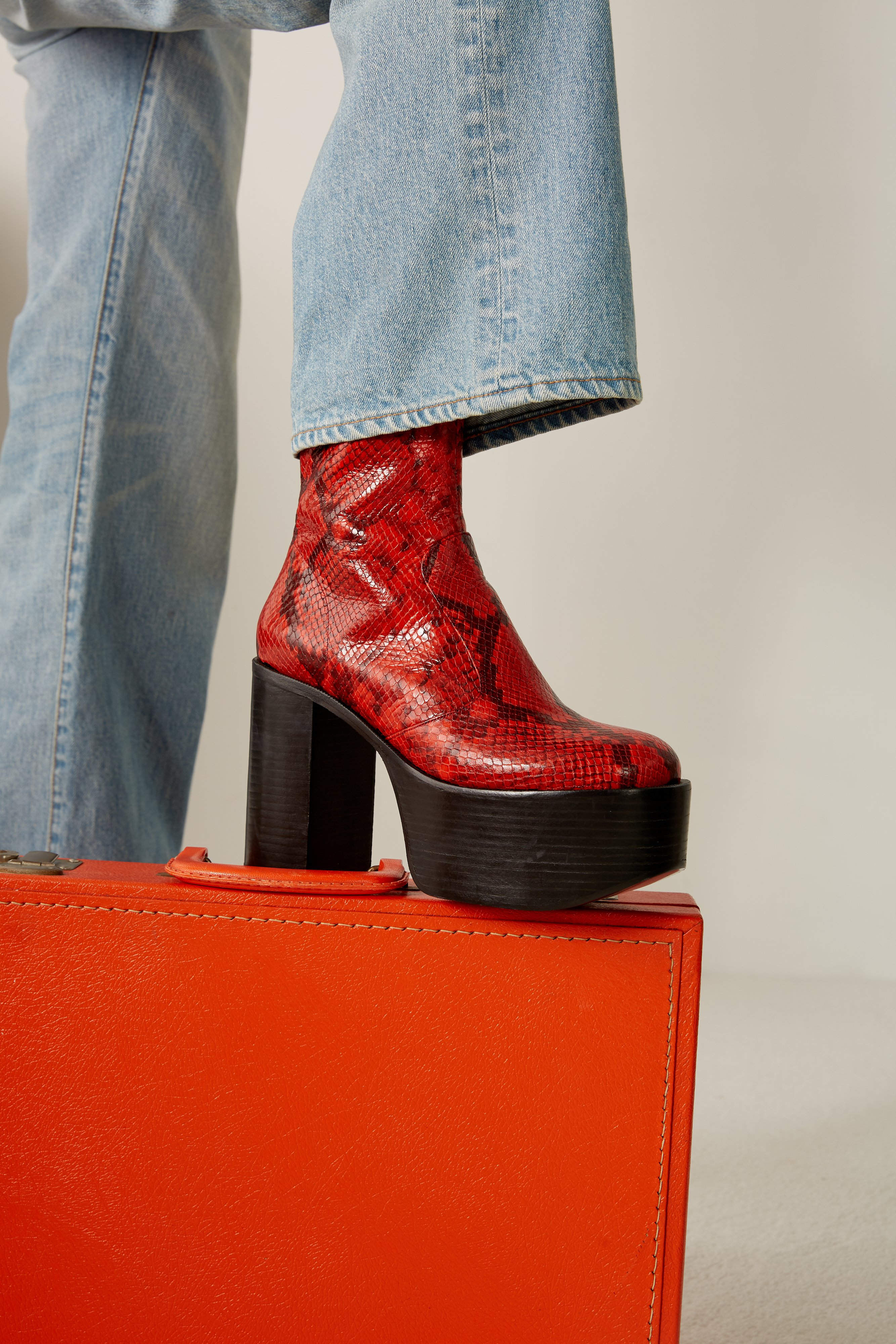 High Raid Boot in Tango Red by Simon Miller - 4