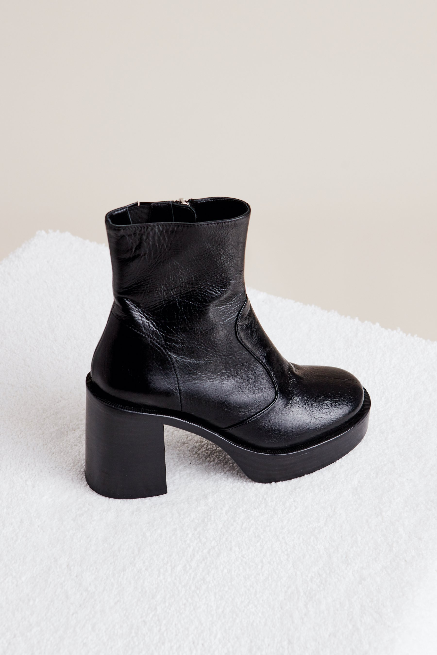 Low Raid Boot in Black by Simon Miller - 2