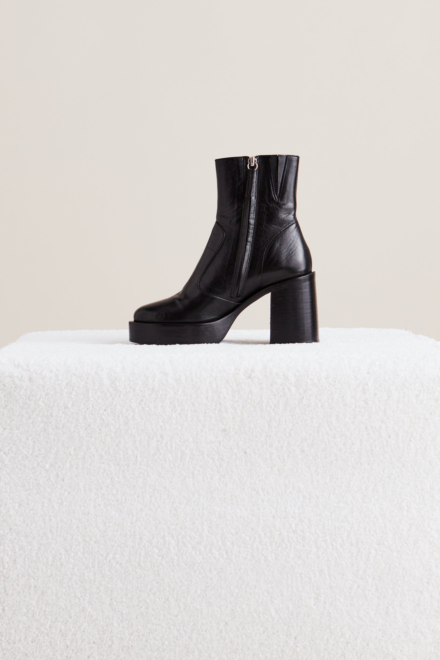 Low Raid Boot in Black by Simon Miller - 3