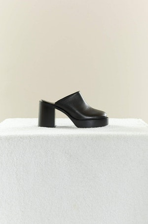 Low Raid Clog in Black by Simon Miller - 2