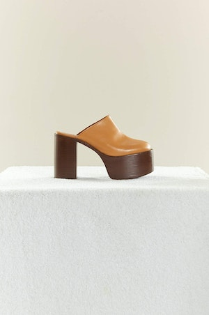 High Raid Clog in Toffee by Simon Miller - 2