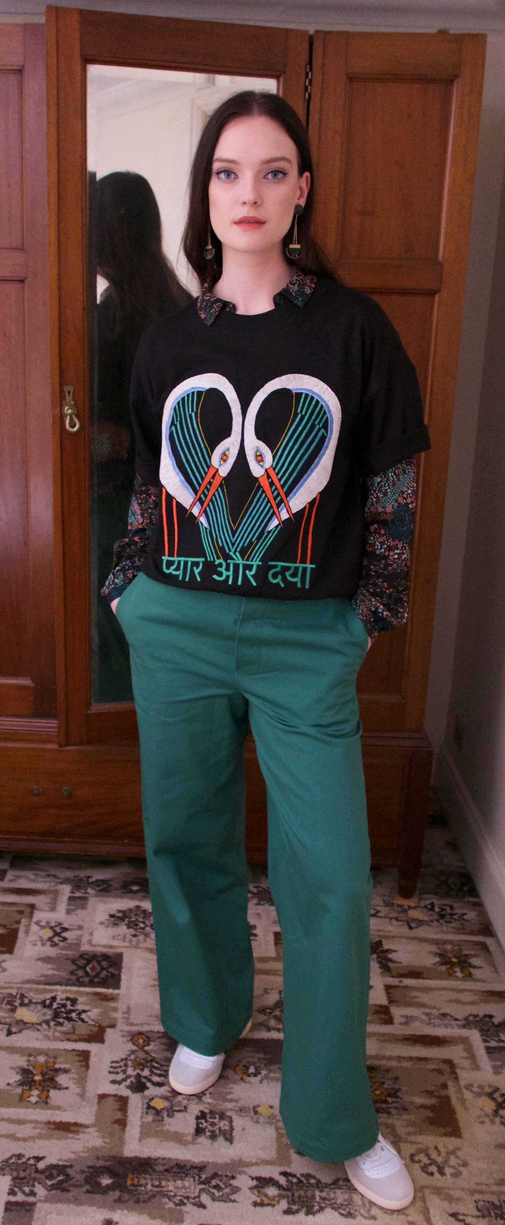 Short Sleeve sweatshirt Black storks by Tallulah & Hope - 2