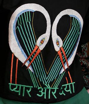 Short Sleeve sweatshirt Black storks by Tallulah & Hope - 3