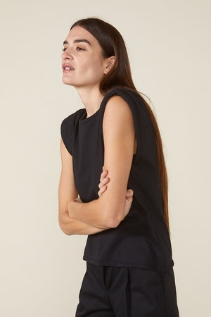 ECHO PADDED SHOULDER TEE - BLACK by St. Roche - 3