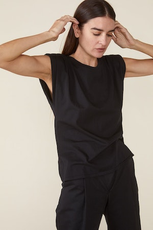 ECHO PADDED SHOULDER TEE - BLACK by St. Roche - 5