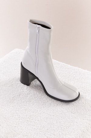 Low Mojo Boot in White by Simon Miller - 2