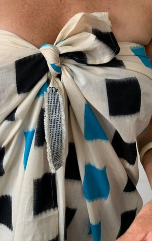 Ikat sarong with color block by Two - 5