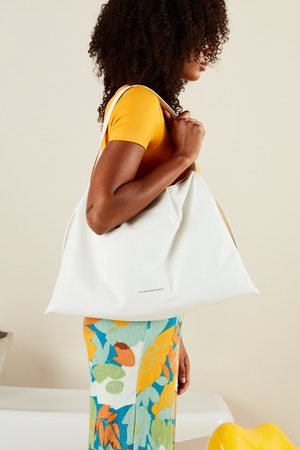 Vegan Puffin Tote in White by Simon Miller - 4