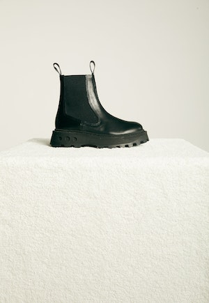 Scrambler Boot in Black by Simon Miller - 1