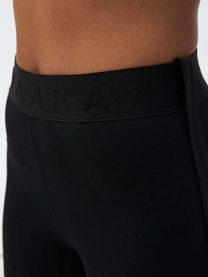 Binding Tape Legging Black by Vaara - 5