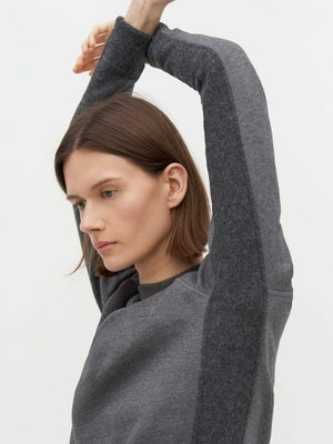 Rumer Organic Sweatshirt Grey by Vaara - 3