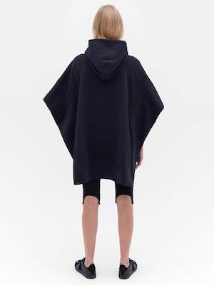 Sweatshirt Poncho Black by Vaara - 4