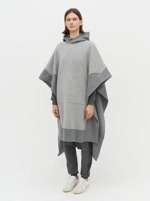 Lena Contrast Poncho Grey by Vaara - 2