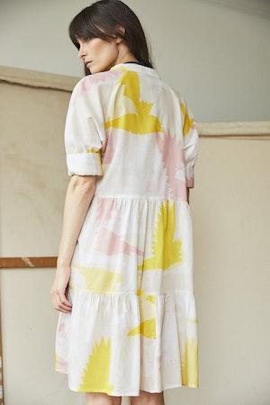 Juliet short tiered dress Honeyguide by Tallulah & Hope - 2