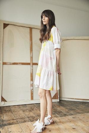Juliet short tiered dress Honeyguide by Tallulah & Hope - 3