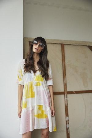 Juliet short tiered dress Honeyguide by Tallulah & Hope - 1
