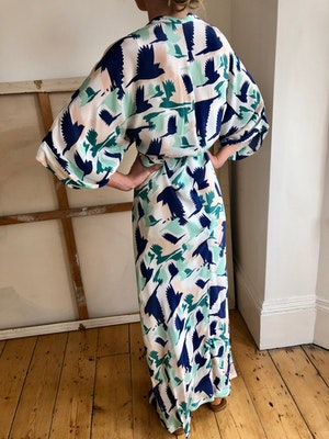 Gloria wrap dress Doves mint/navy by Tallulah & Hope - 2
