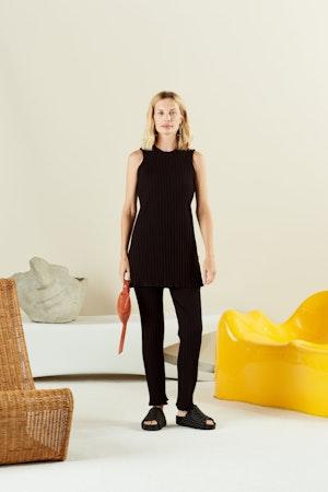 Vegan Woven Dip Slide in Black by Simon Miller - 3