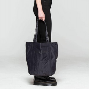 SHOPPER by Vee Collective - 4
