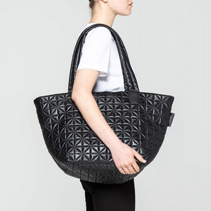 THE LEATHER TOTE by Vee Collective - 2