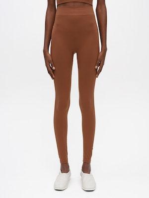 Essential Seamless Legging Brown by Vaara - 2