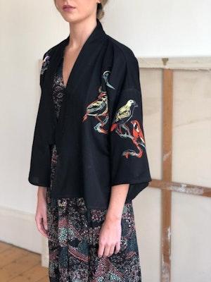Kimono jacket Lovebirds embroidered by Tallulah & Hope - 3