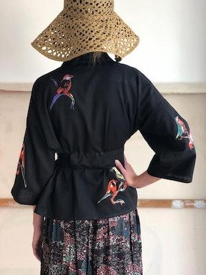 Kimono jacket Lovebirds embroidered by Tallulah & Hope - 2