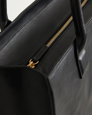 Aberdeen Leather Structured Tote by Want Les Essentiels - 2