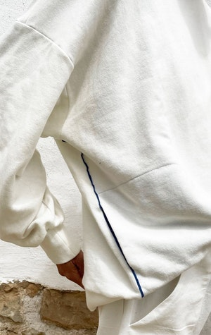 Our white Fab Cotton Sweatshirt by Two - 4