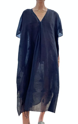 Black khadi caftan V-neck dress by Two - 1
