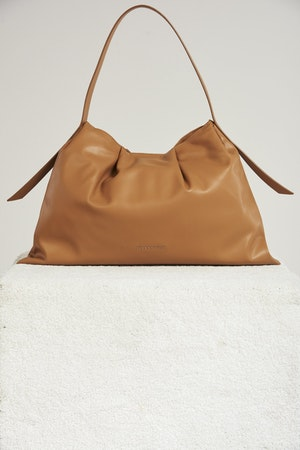 Vegan Puffin Tote in Toffee by Simon Miller - 2
