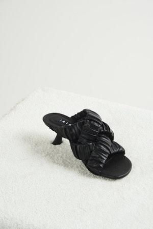 Vegan Criss-Cross Tee Heel in Black by Simon Miller - 1