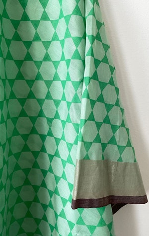 LIME V-neck caftan by Two - 2