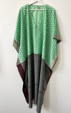 LIME V-neck caftan by Two - 1