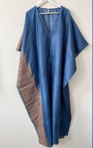 Blue Silk V-neck caftan by Two - 1