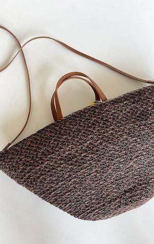 Raffia Auburn handbag by Two - 1